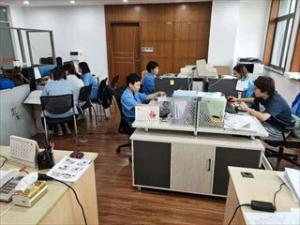 上海営業所 事務所内